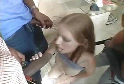 Embarazada se entrega a unos negros