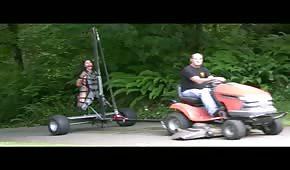 Excursión en tractor y polvo al aire libre