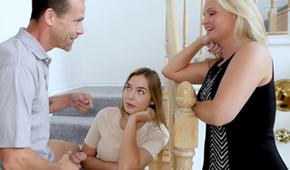 Se folla a una jovencita delante de su madre