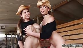 Los vaqueros se estan divirtiendo