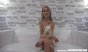 Una pequeña checa para casting sexual