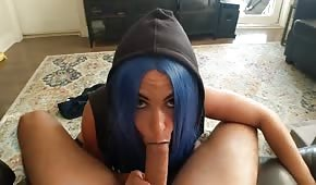 Helado travieso de cabello azul