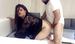 Sexo anal con una magdalena perrita gordita