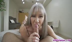 Sexo salvaje con una mami flaca